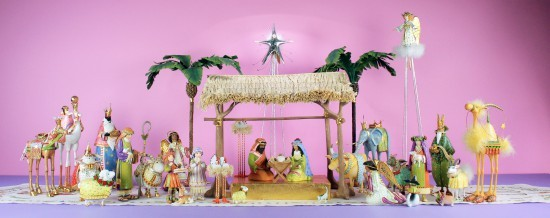 2016_world_edition_nativity_set_of_35